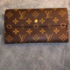 Louis Vuitton authentic vintage monogram wallet